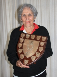 Women's team wins Western Province League / Dames-span wen Westelike Provinsie Liga - Stellenbosch Van Der Stel Bowling Club / Rolbalklub